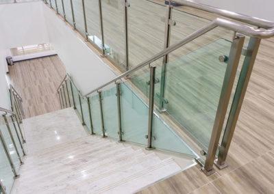 Glass Hand Rail Steps